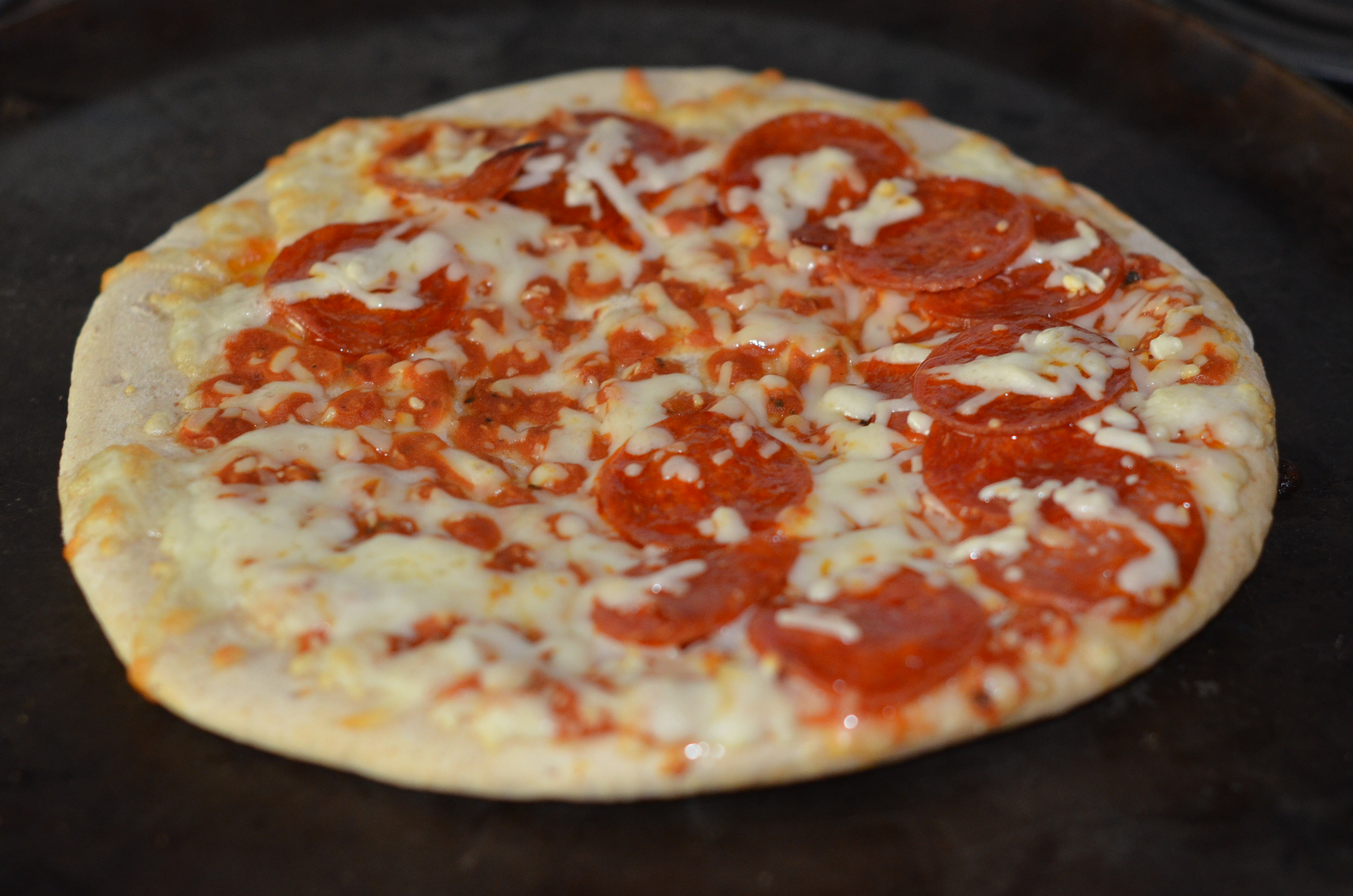 Pizza review: Naked Pizza - Chicago Tribune