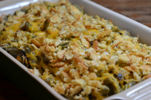 Mom's Green Bean Casserole Recipe - This Mom Can Cook