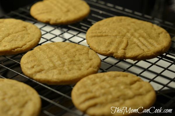 peanut butter cookies soft