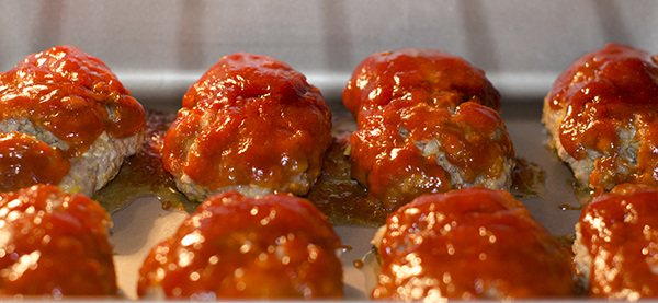 Mini meatloaves in oven