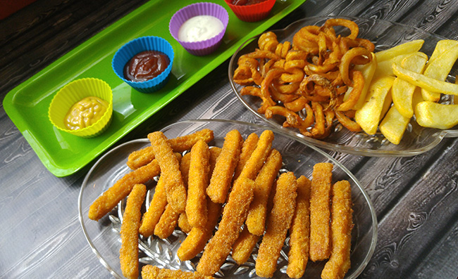 Tyson Anytizers Chicken Fries & Dipping Sauces