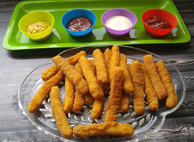 Tyson Chicken Fries with dipping sauces