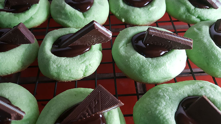 Making Chocolate Mint Thumpbrint Cookie Recipe